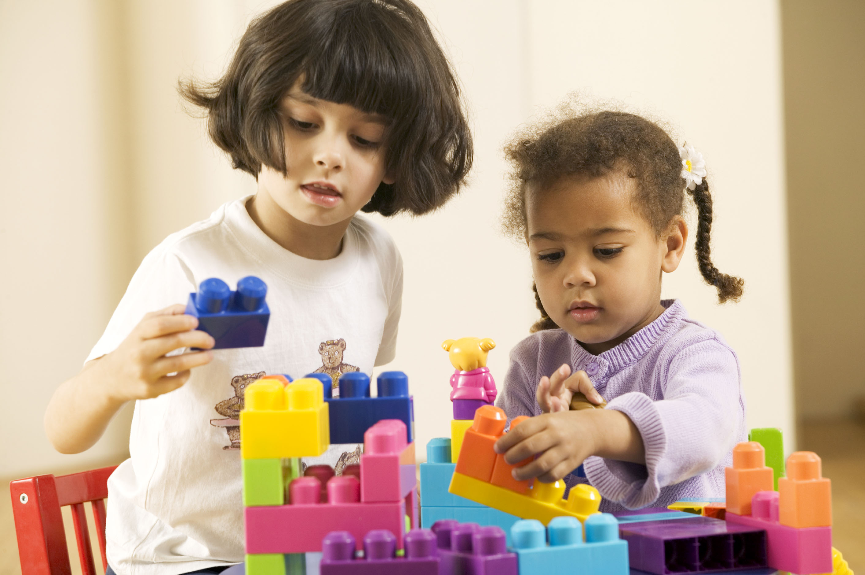how play supports childrens learnıng The role of play in children's learning  free statement of  32 the role of adults in children's play 33 different types of play 34 what play means to children.
